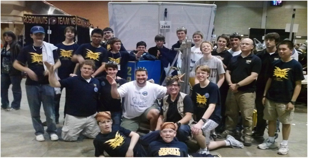Jesuit Robotics Wins Silver at San Antonio // The Roundup
